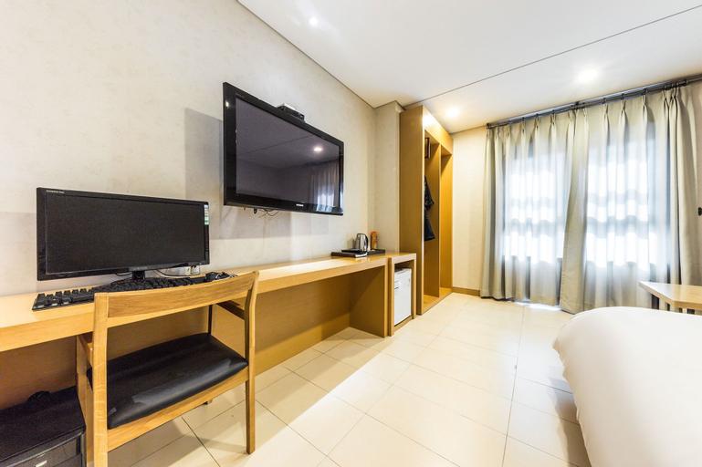 F Hotel Yeongdeungpo, Yeongdeungpo