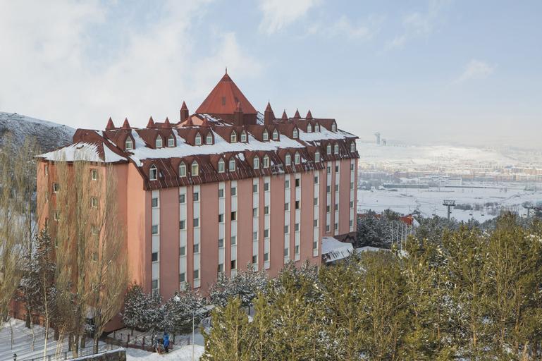 Palan Hotel, Merkez