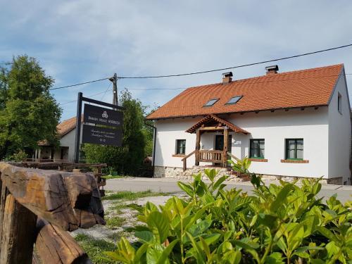Brandy House Hedonica, Samobor
