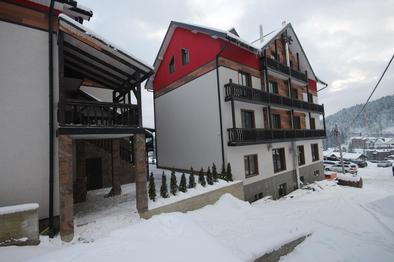 Amarena Hotel, Erdenemandal