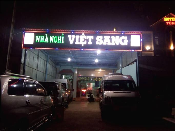 Nha Nghi Viet Sang, La Gi