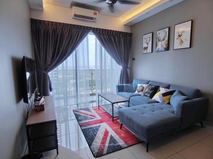 New! Infinity Pool | Nice View | 8pax Family Suite, Kota Melaka