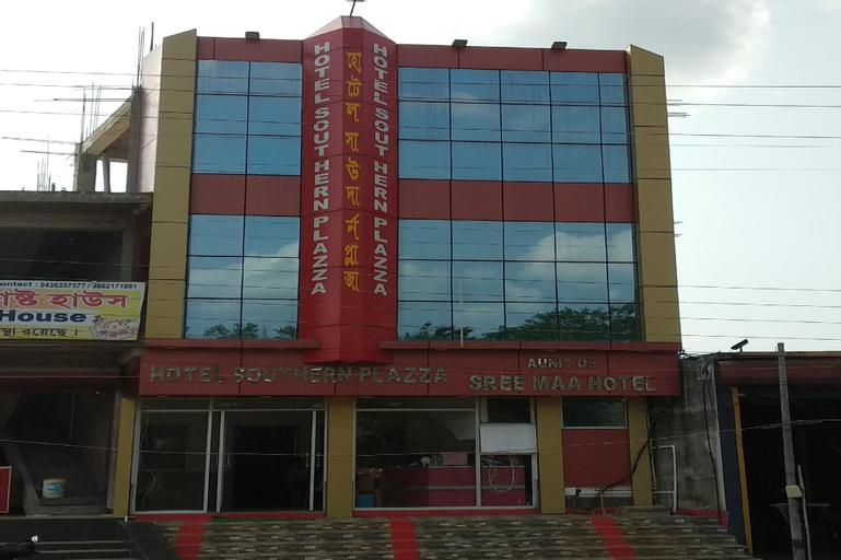 OYO 35843 Hotel Southern Plazza, Gomati