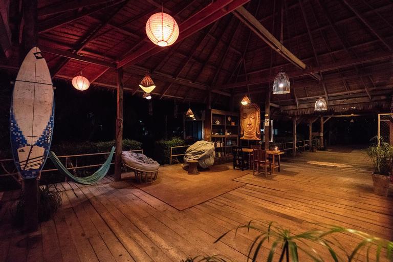 Mumsa Beach Resort & Restaurant, Thap Sakae