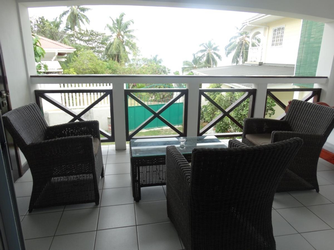Rowsvilla Self Catering Guest-House,