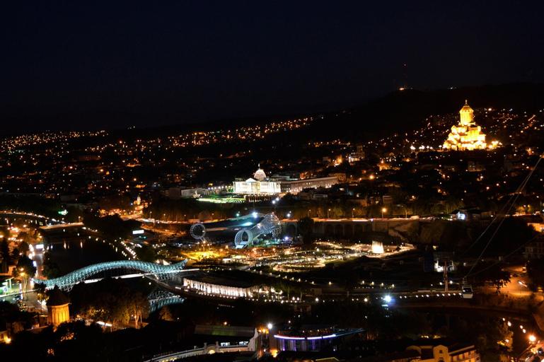 Nika 7, Tbilisi