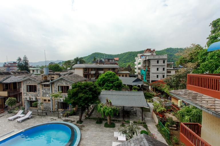 The Lakeside Retreat, Gandaki