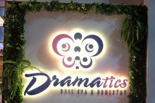 Dramatics, Qui Nhơn