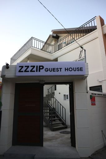 Zzzip Guest House, Mapo