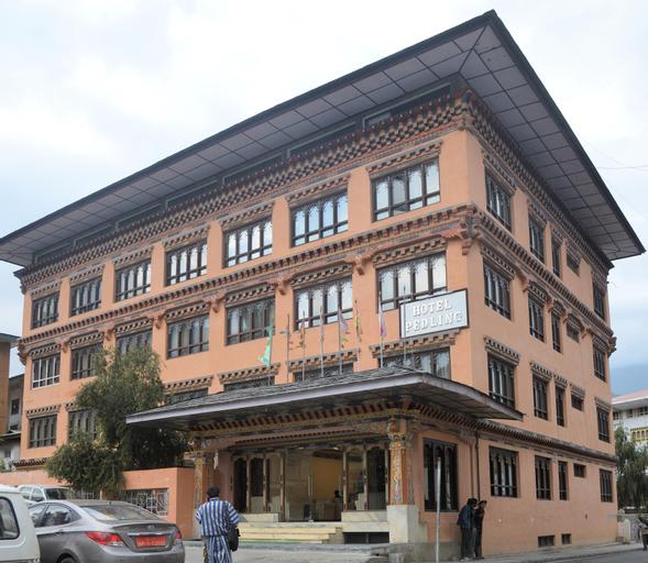 Pedling Hotel, Chang