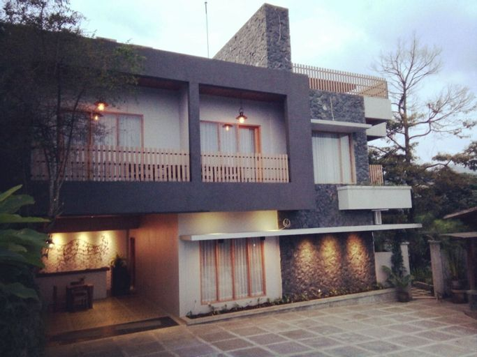 Casa De Apple, Bandung