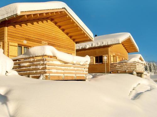 Holiday Home Komfort Aclas Maiensass Resort, Hinterrhein