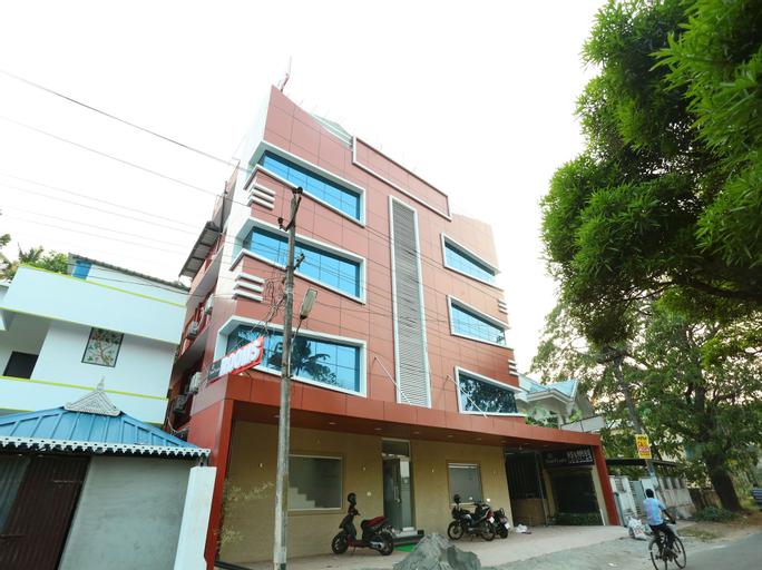 OYO 11909 Star Plaza, Ernakulam