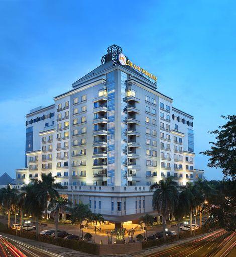 Grand Mercure Medan Angkasa, Medan