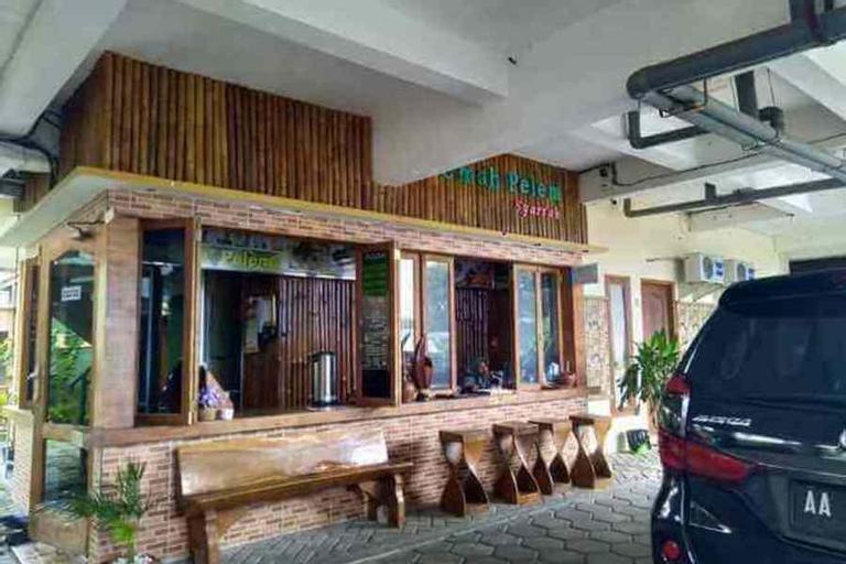 Omah Pelem Syariah, Semarang
