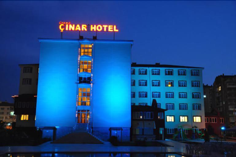 Grand Cinar Hotel, Merkez