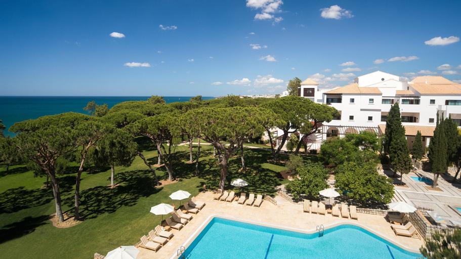 Pine Cliffs Hotel, a Luxury Collection Resort, Algarve, Albufeira