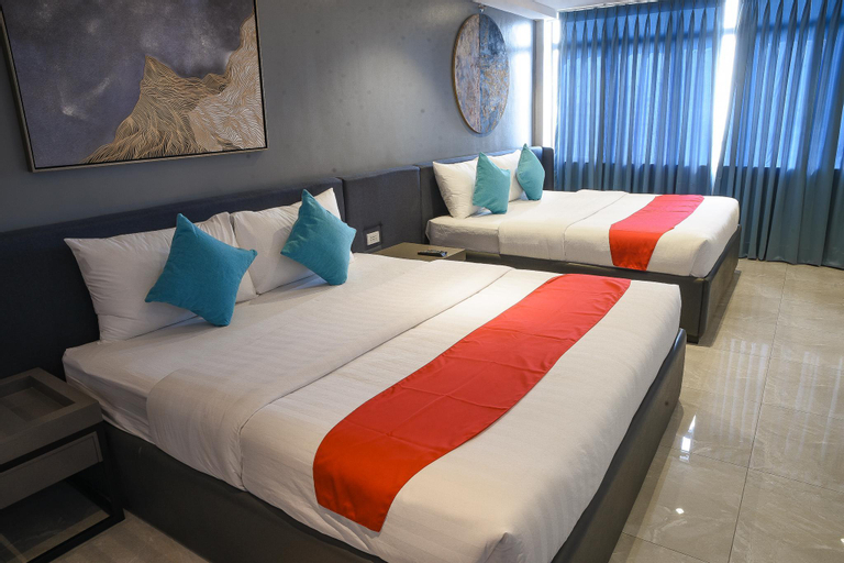 Pacific Skyloft Hotel, Manila