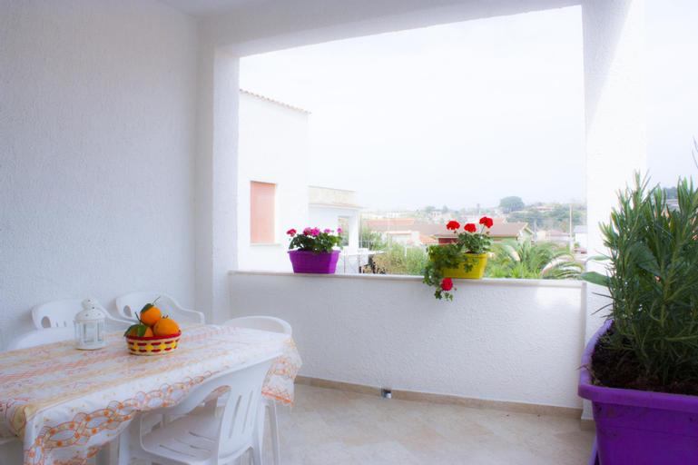 Appartamento Luminoso con Veranda Cucina lavatrice, Palermo