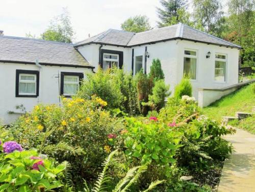 Dunstaffnage Cottage, Argyll and Bute