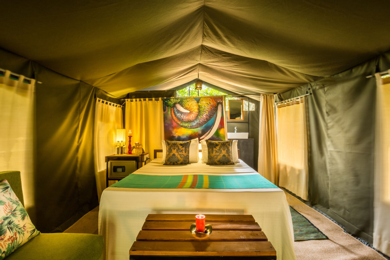 Mahoora Tented Safari Camp All-Inclusive - Wilpattu, Nochchiyagama