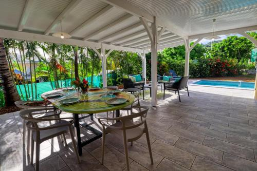 Villa near the beach (MQSL17), Basse-Pointe