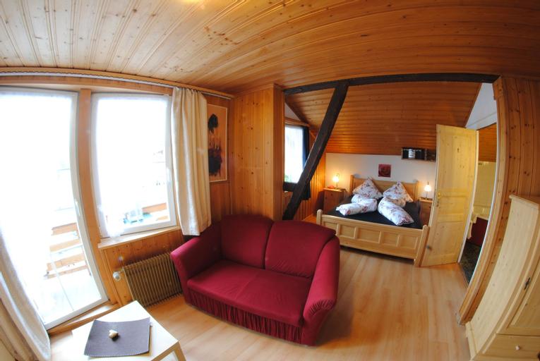 Chalet Hotel Adler, Frutigen