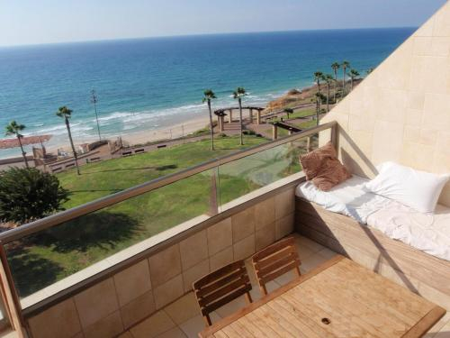 Netanya Dreams Luxury Apt.W02,