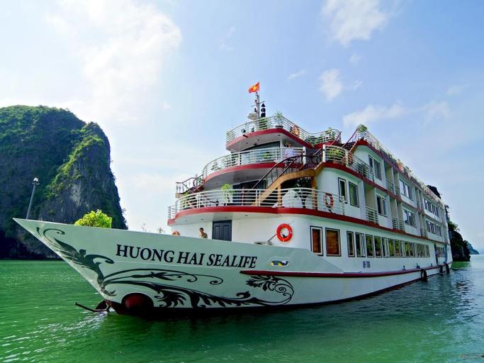 Huong Hai Sealife Cruise, Hạ Long