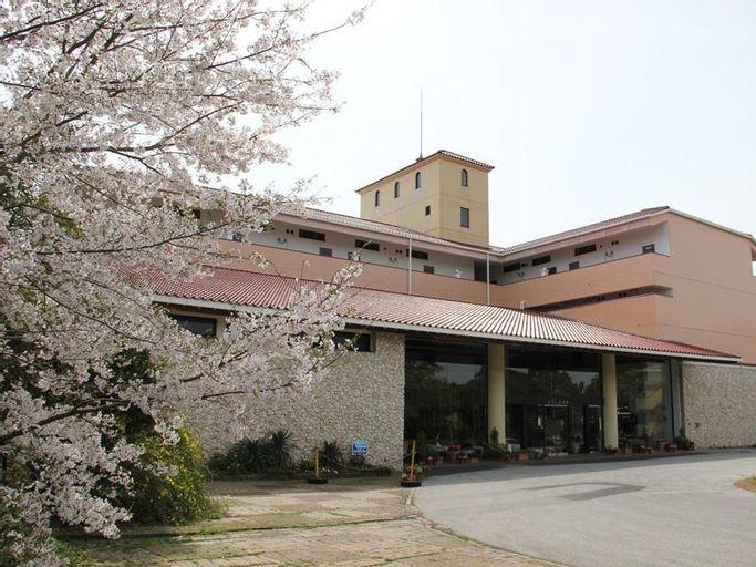 Resort Hotel Umibeno Kajuen, Kōnan