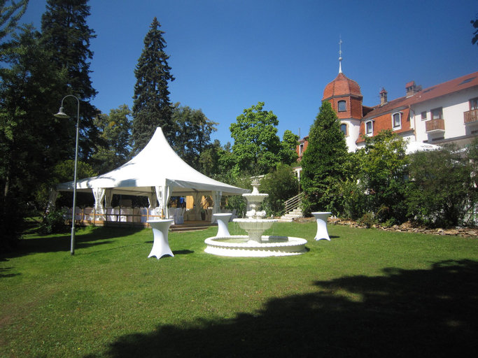 Parkhotel Schillerhain, Donnersbergkreis