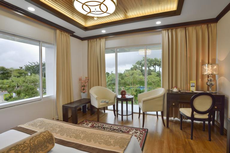 The Regency Hotel, Myingyan