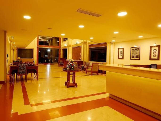 OYO 1975 Hotel Arcadia Regency, Alappuzha