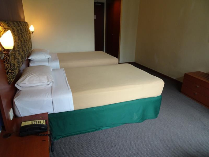 Strand Hotel, Rochor