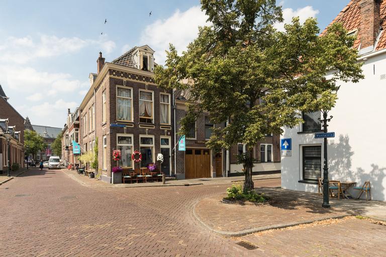 De Juttershoek, Kampen