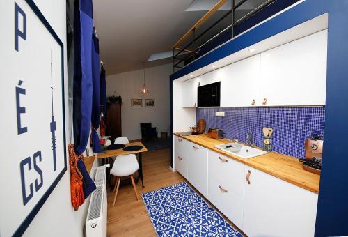 Mini Flathotels, Pécs
