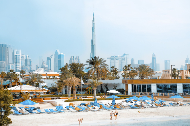 Dubai Marine Beach Resort & Spa,