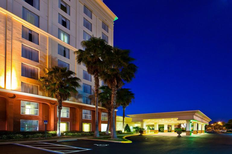 Holiday Inn & Suites Across From Universal Orlando, an IHG Hotel, Orange