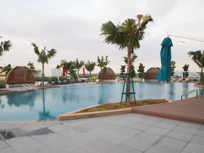 Almas Suites Puteri Harbour @ JB City Homestay, Johor Bahru