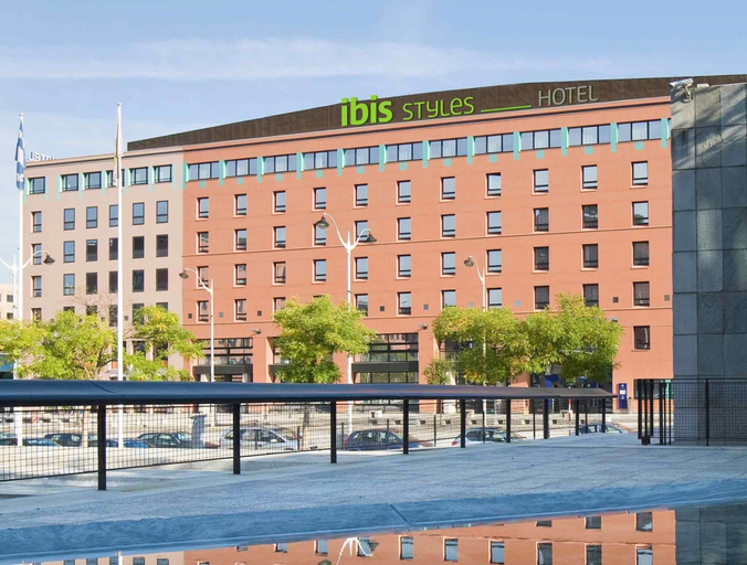 Ibis Styles Evry Cathedrale, Essonne