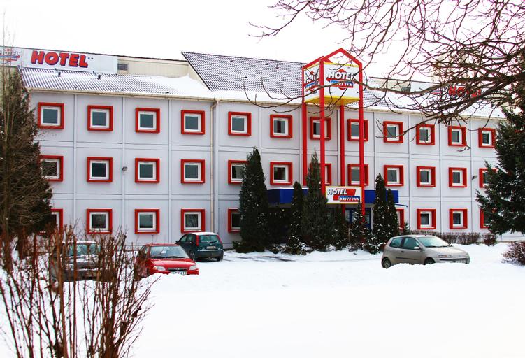 Drive Inn Hotel, Érd