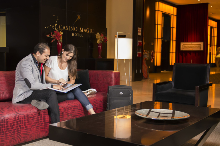 Hotel Casino Magic, Confluencia