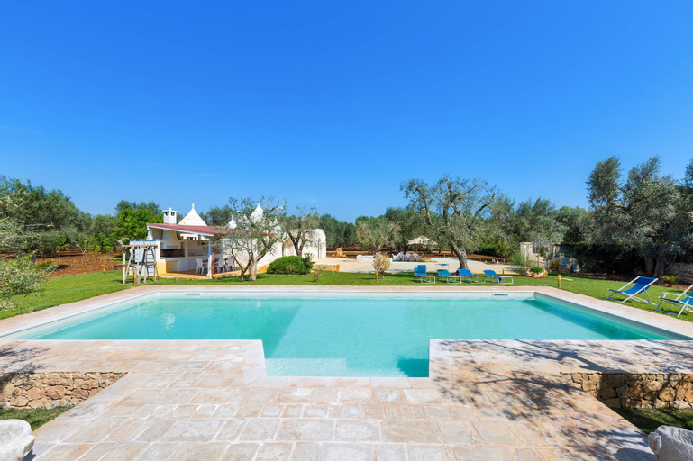 Villa Emy, Brindisi