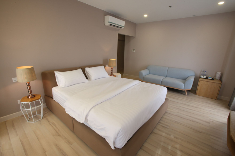 D'Anggerek Serviced Apartment, Berakas A