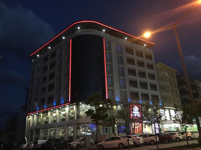 Mus Grand Hotel, Merkez