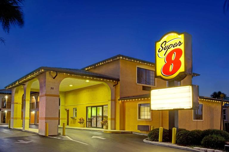Super 8 By Wyndham St. Augustine Beach, Saint Johns