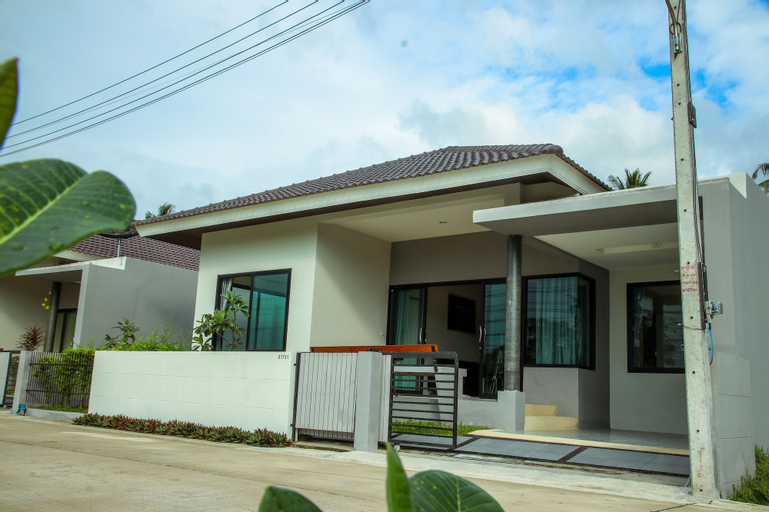 Specious Vacation Dia House 8 Minutes to Pristine Beach, Ko Samui