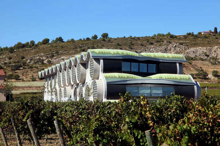 Cava & Hotel Mastinell, Barcelona