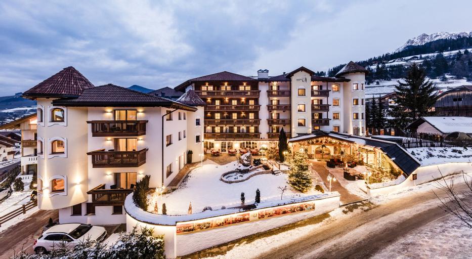 Almhof Hotel Call, Bolzano