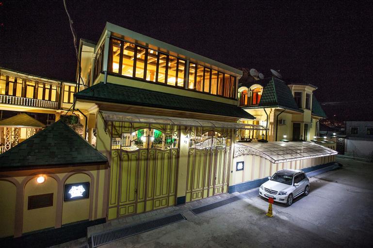 Twins Hotel, Rudaki